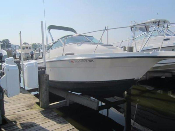 Used Trophy 2052wa Walkaround Fishing Boat For Sale