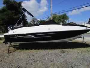 New Bayliner 210 Deck Boat Deck Boat For Sale