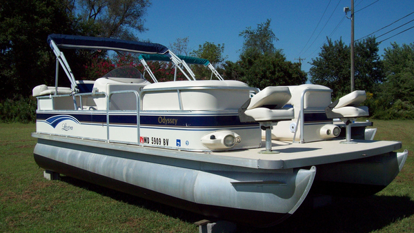 Used Odyssey Lextra 3103L Pontoon Boat For Sale