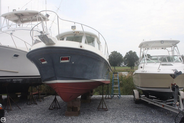 Used Albin Yachts Tournament Express 28 Express Cruiser Boat For Sale
