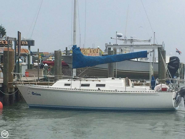 Used Pearson J28 Racer and Cruiser Sailboat For Sale