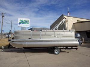 New Sylvan 820 Mirage Fish Cruise Pontoon Boat For Sale