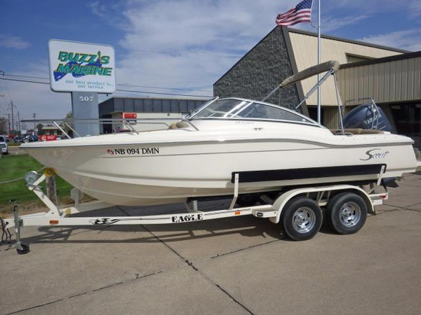 Used Scout Boats 210 Dorado Saltwater Fishing Boat For Sale