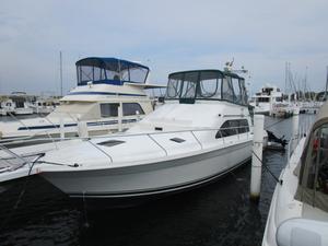 Used Mainship 40 Sedan Bridge Cruiser Boat For Sale