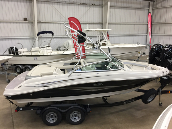 Used Sea Ray 210 Select - NEW ARRIVAL!!!! Bowrider Boat For Sale