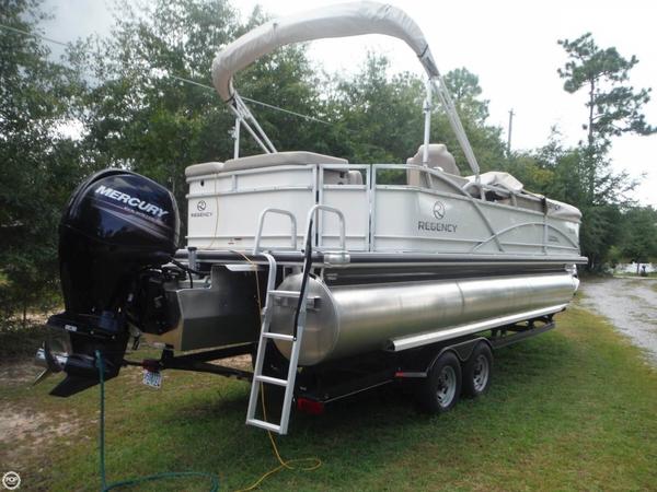 Used Regency 220 DL3 Pontoon Boat For Sale