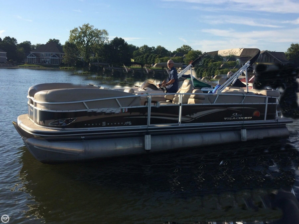 Used Sun Tracker Party Barge 25 XP3 Pontoon Boat For Sale