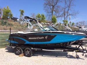New Mastercraft X20 Ski and Wakeboard Boat For Sale