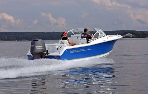 New Sea Hunt Escape 211 LE Dual Console Boat For Sale