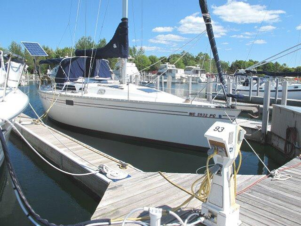 Used Hunter 375 Cruiser Sailboat For Sale