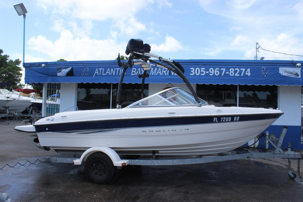 Used Bayliner 195 Bowrider Runabout Boat For Sale