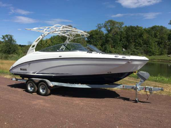 New Yamaha 242 Limited S E-Series Jet Boat For Sale