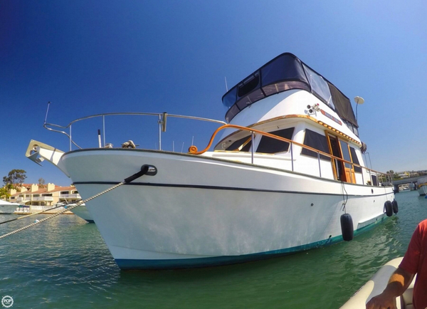 Used Bestway 40 Double Cabin Trawler Boat For Sale