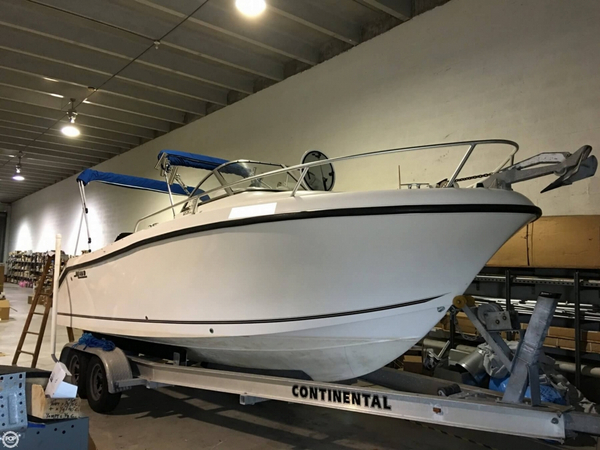 Used Mako 233 Walkaround Fishing Boat For Sale