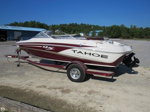 Used Tahoe Q5i SF Bowrider Boat For Sale
