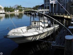 Used Triumph 210 Chaos Edition Center Console Fishing Boat For Sale