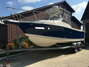 Used Trophy 2352 Walkaround Fishing Boat For Sale