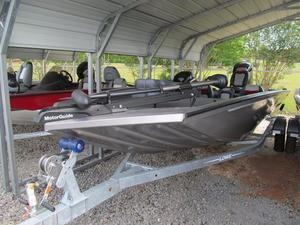 New Lowe Boats ST198 Bass Boat For Sale