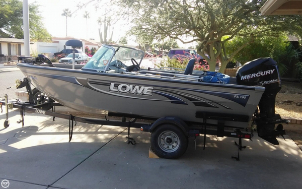 Used Lowe FS165 Aluminum Fishing Boat For Sale