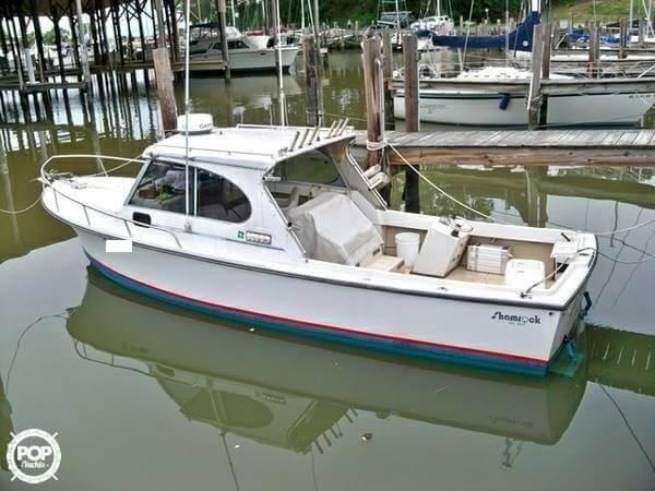 Used Shamrock 260 WalkAround Fishing Boat For Sale