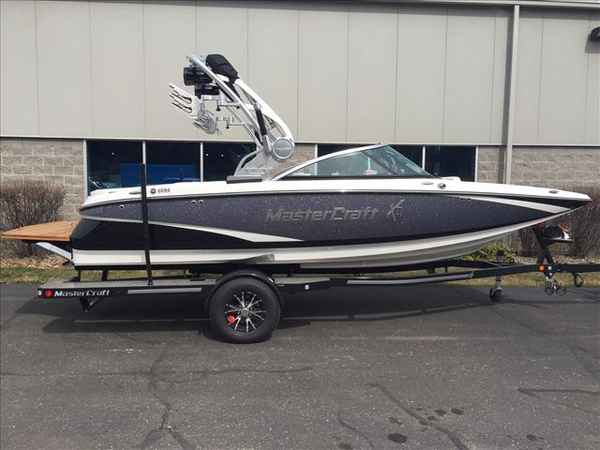 New Mastercraft X-2 Ski and Wakeboard Boat For Sale