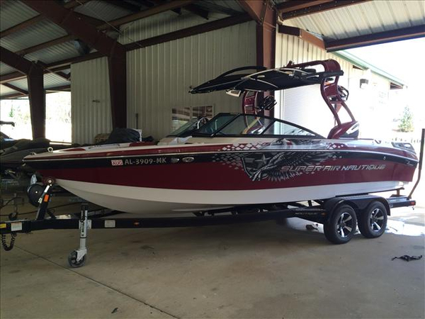 Used Nautique 230 Ski and Wakeboard Boat For Sale