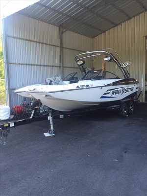 Used Malibu 22 MXZ Ski and Wakeboard Boat For Sale