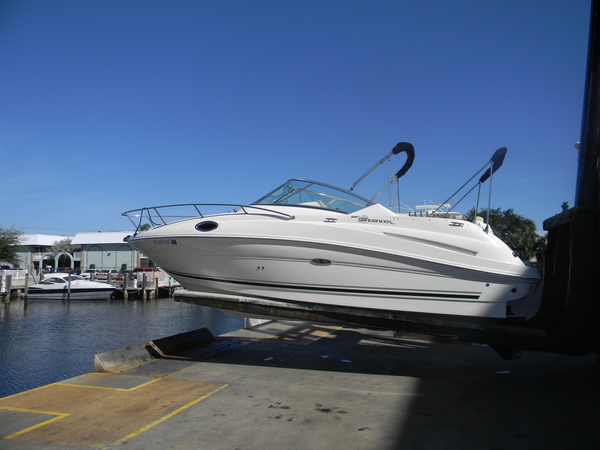Used Sea Ray 240 Sundancer® Cruiser Boat For Sale