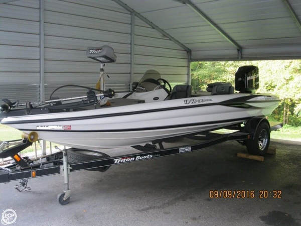 Used Triton 18 HP Explorer Bass Boat For Sale