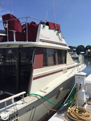 Used Trojan 32 Cabin Cruiser Sports Fishing Boat For Sale