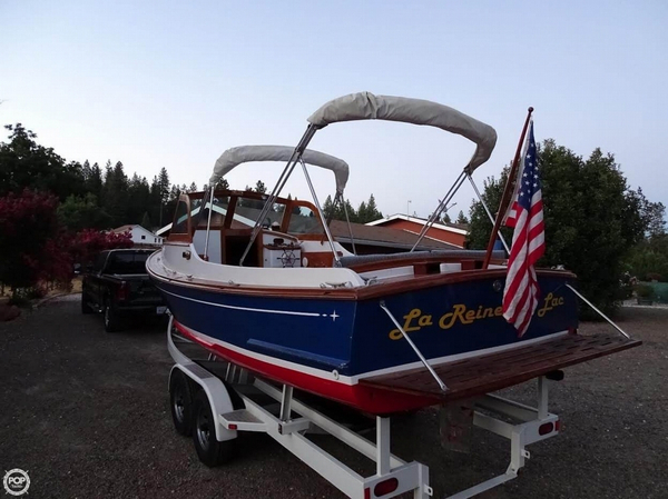 Used C & C Yachts 26 Wasque Downeast Fishing Boat For Sale