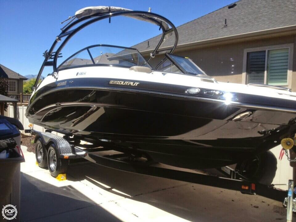 Used Yamaha AR 240 Limited Bowrider Boat For Sale