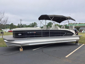 Used Manitou 25 SHP Legacy Pontoon Boat For Sale