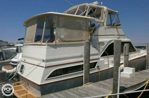 Used Ocean Yachts 46 Sunliner Aft Cabin Boat For Sale