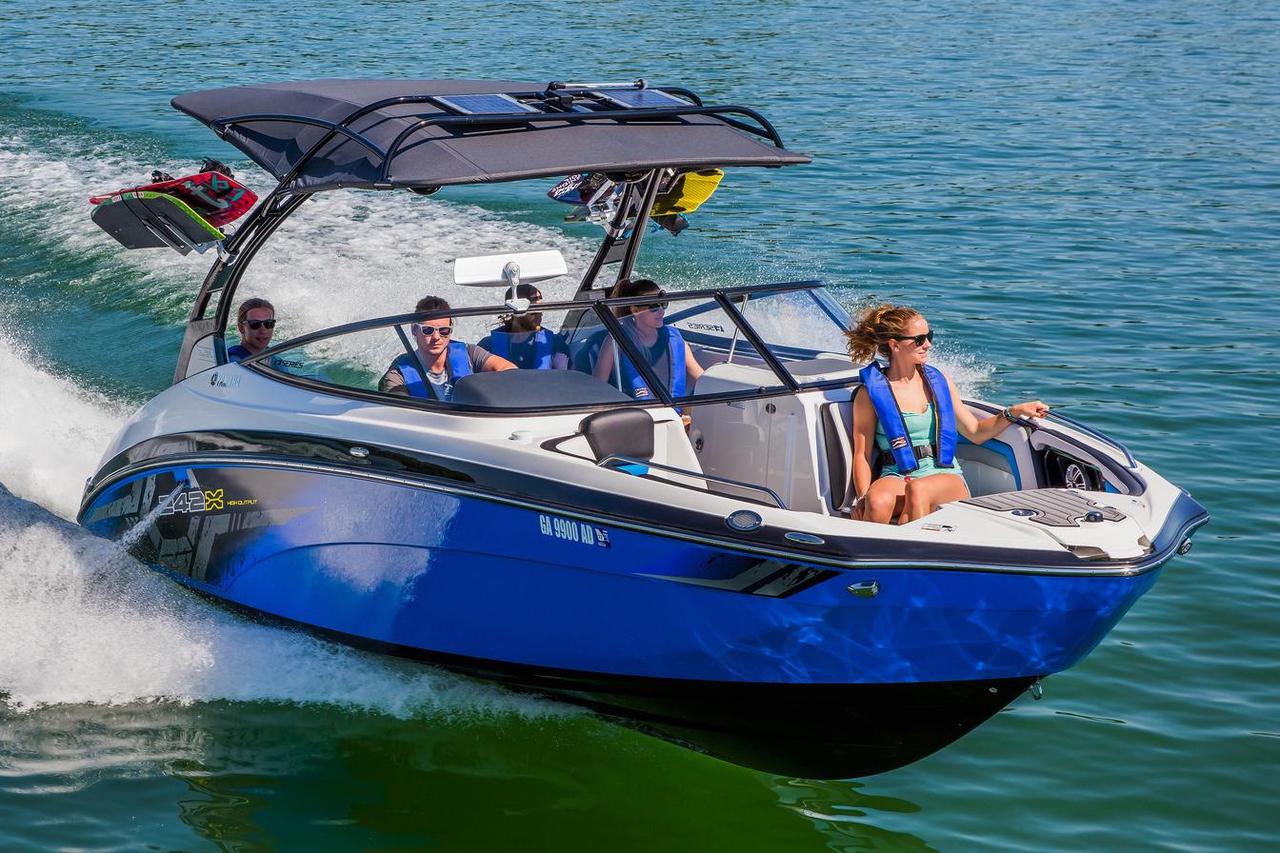 Yamaha E Series Jet Boat
