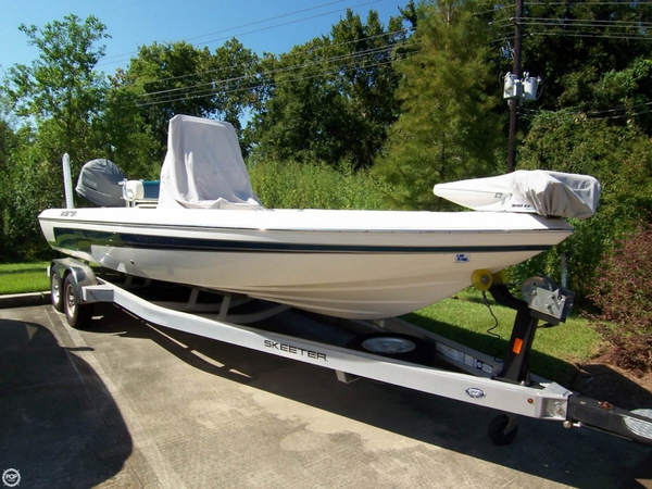 Used Skeeter 240 SX 24 Bay Boat Bay Boat For Sale