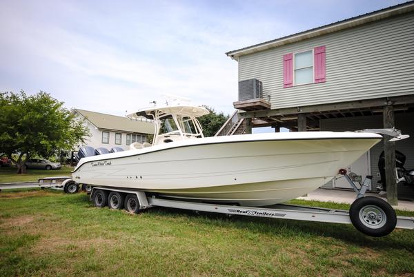 Used Hydrasports 3300 CC Sports Fishing Boat For Sale