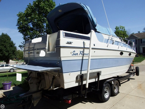 Used Sun Runner Ultra 292 Express Cruiser Boat For Sale