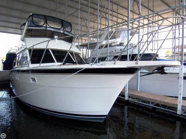 Used Hatteras 37 Double Cabin Flybridge Sports Fishing Boat For Sale
