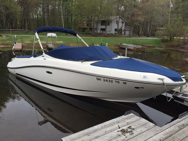 Used Sea Ray 230 SLX Runabout Boat For Sale