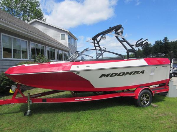 New Moomba HelixHelix Bowrider Boat For Sale