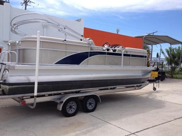 New Bennington 2275 GFS Pontoon Boat For Sale
