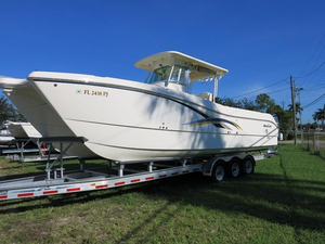 Used World Cat 320CC Power Catamaran Boat For Sale
