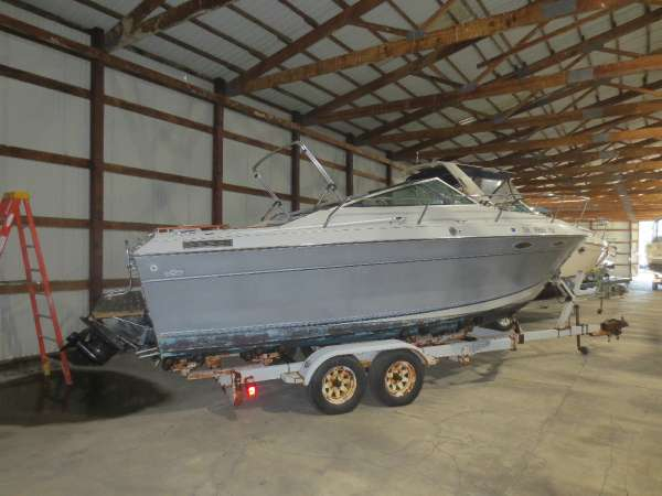Used Four Winns 235 SD Cuddy Cabin Boat For Sale