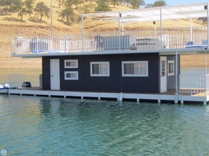 Used Custom 30' / 44' Houseboat House Boat For Sale