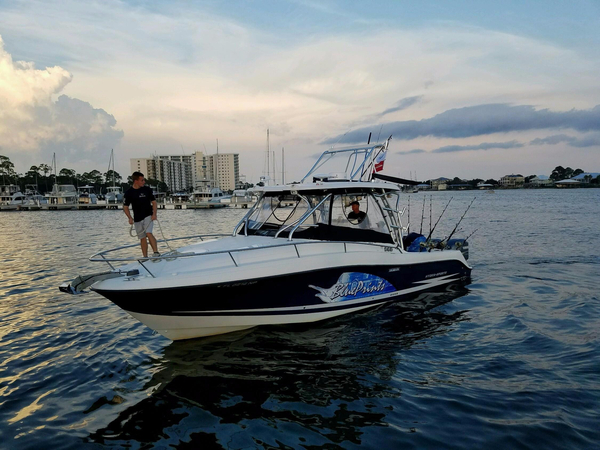 Used Hydrasports 3300VX Express Cruiser Boat For Sale