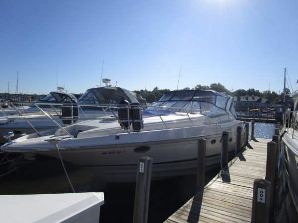 Used Regal 4160 Commodore Express Cruiser Boat For Sale