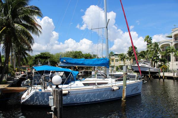 Used Jeanneau 39i Cruiser Sailboat For Sale
