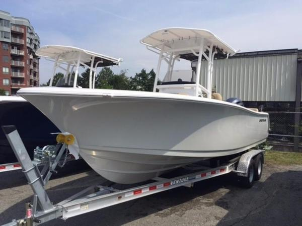 New Sportsman 231 Heritage Center Console Fishing Boat For Sale