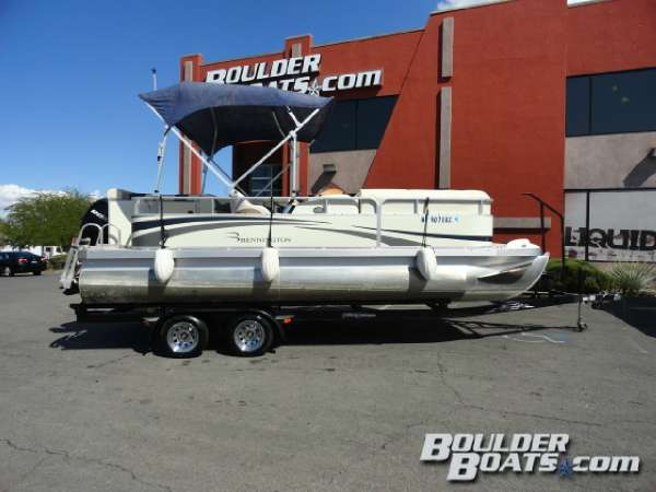Used Bennington 2075GL Pontoon Boat For Sale